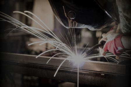 obrobka metalu - usługi spawalnicze